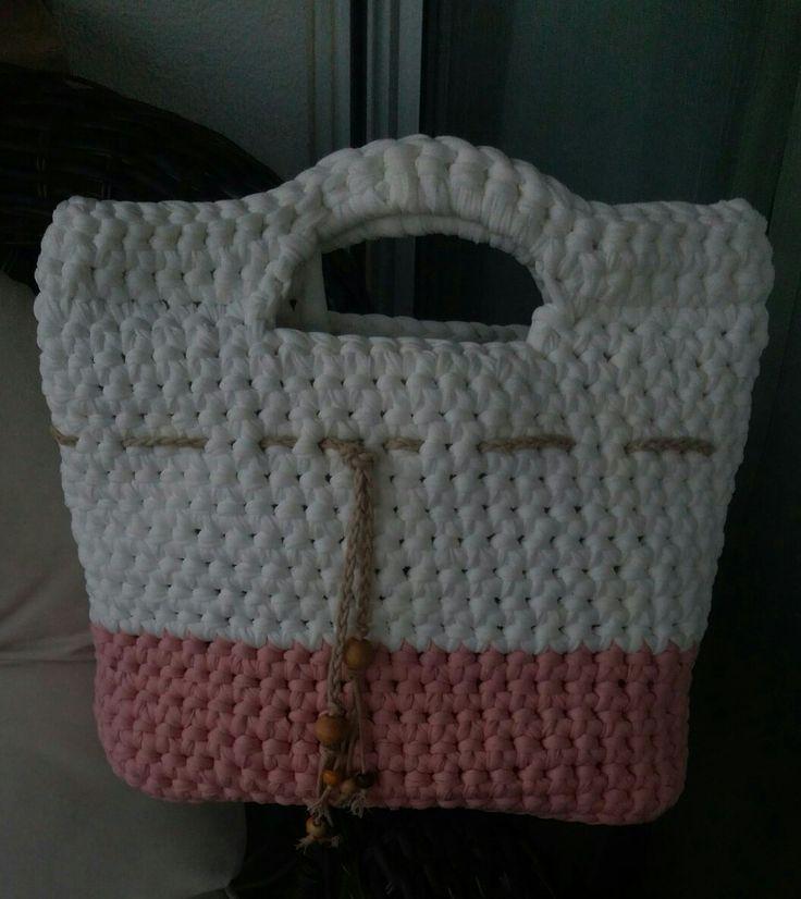 Bolso de mano a crochet