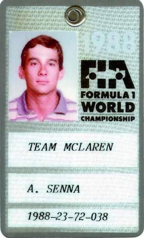 Très chouette cette photo de Ayrton Senna !