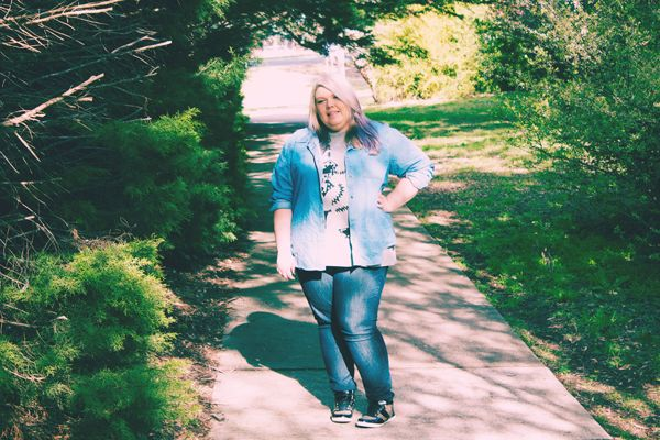 Aussie Curves, Plus Size Fashion, Denim on Denim. Check out this blog for more plus size fashion outfits!