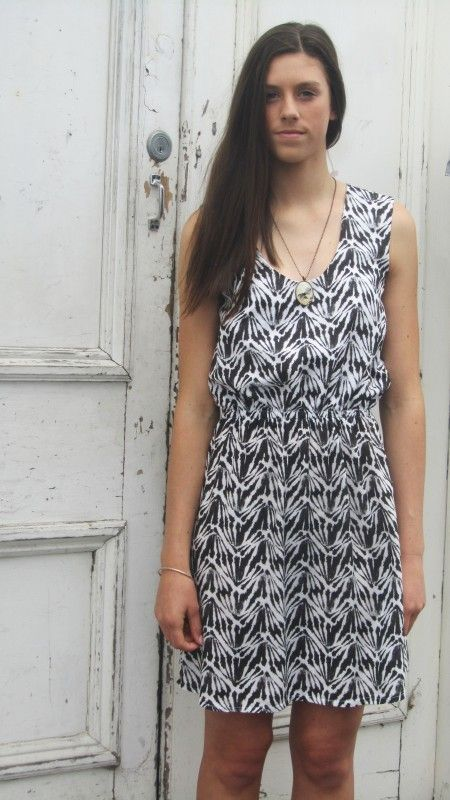 Gracie Dress - Black/White  100% Cotton Dress, summery and light, cute pattern on the fabric.  Made in New Zealand.