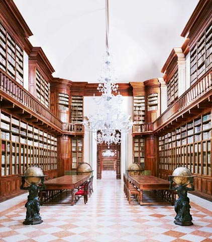 #Biblioteca Teresiana, #Mantova, #Italy  © 2013 Candida Höfer, VG Bild-Kunst, Bonn. Courtesy of Ben Brown Fine Arts