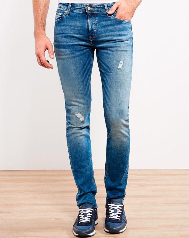 IZAC - BLEU CLAIR DELAVÉ SLIM  #izac #men #menwear #menstyle #fashion #readytowear #summer17 #look #lookbook  #fashiongram #fashionpost #style #menstyle #outfit #new #jean #casual