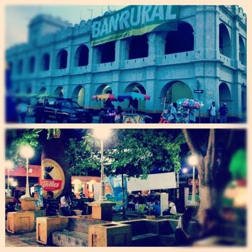 #picstitch #jutiapa #guatemala  (Taken with Instagram at Parque Central Jutiapa)
