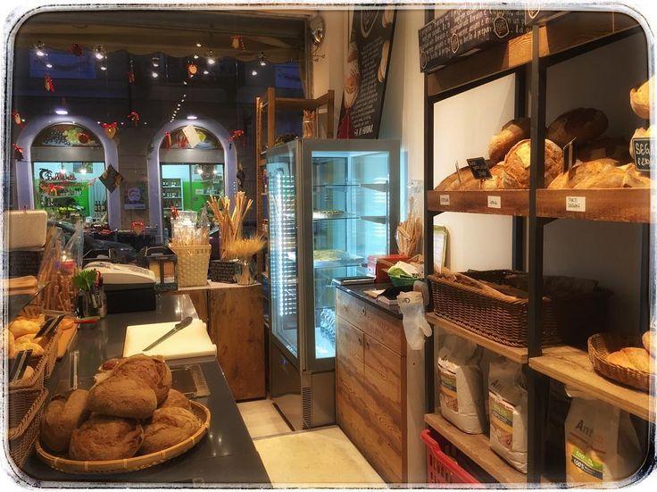 """""""interno panetteria preserale""""  oggi pomeriggio apertura sperimentale vi aspettiamo fino alle 1930  #afternoon #bakery #bakeryatnight"""