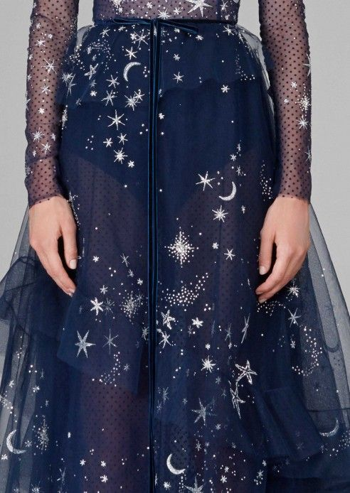 Autumn/Winter 2018 – Hamda Al Fahim – star evening sky dress in navy tulle skirt and lace