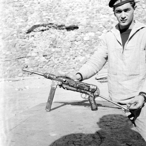 MP 40: un residuato bellico della seconda guerra mondiale, trovato in Algeria, pin by Paolo Marzioli