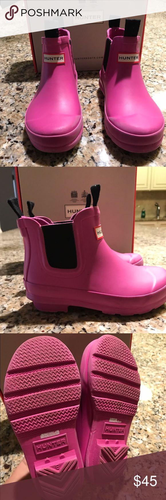 Hunter Rain boots for girls Hunter Chelsea rain boots for girls size 10t - barely worn like new Hunter Boots Shoes Winter & Rain Boots