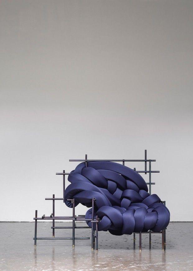 Vous devez certainement être au courant de notre coup de coeur pour le travail d'Aratani ·Fay, découvert à l'occasion du salon du meuble de Milan au sein