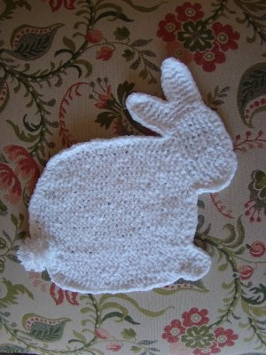 Free pattern for a knit bunny washcloth
