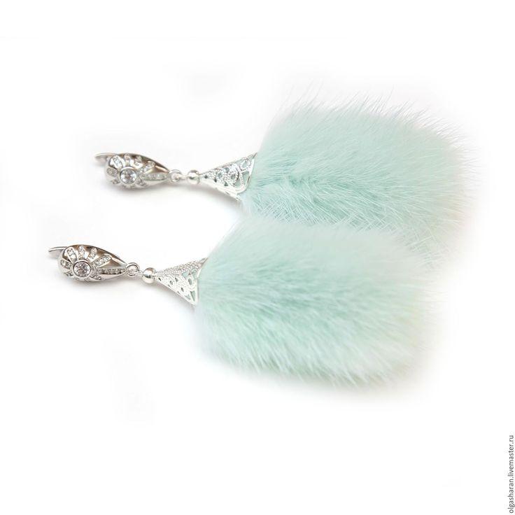 Купить Серьги с мехом норки мятного цвета и ювелирной родированой фурнитурой - мятный, серебряный