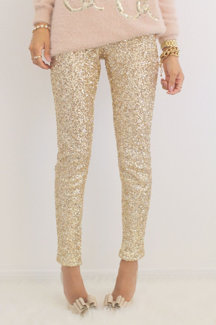 GOLD SEQUIN LEGGINGS by EsClosetBoutique on Etsy https://www.etsy.com/listing/257187372/gold-sequin-leggings