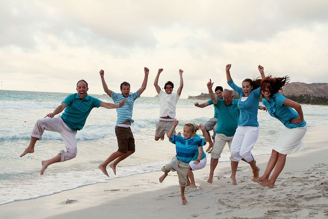 family :): Families Pictures, Families Jumping, Beaches Families, Colors Combinations, Families Photos, Families Fun, Families Family, Crazy Families, Beaches Pictures