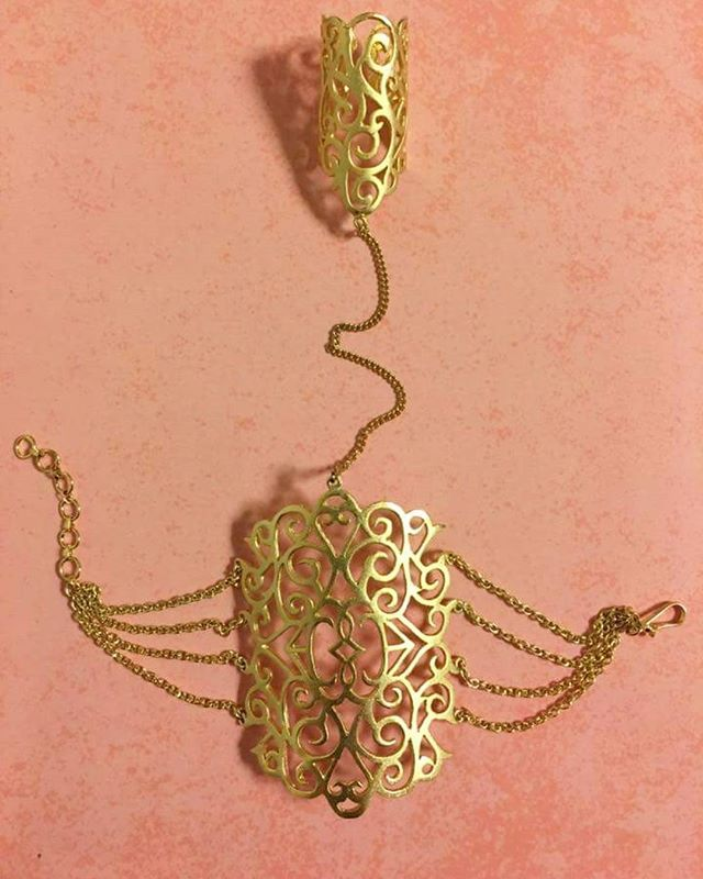 Gold filigree hand harness... Shop at Soignné  #soignne #jewellery #jewelry  #indianjewellery #indianjewelry #antique #goldfinish #silver #bespoke #bridal #festive #specialoccasion #precious  #pearls #semiprecious #crystal #kundan #jadau #polki #meenakari #traditionaljewellery #contemporaryjewellery #desi #desijewellery #desijewelry #celebritystyle #weddingjewellery #gujarat #rajasthan