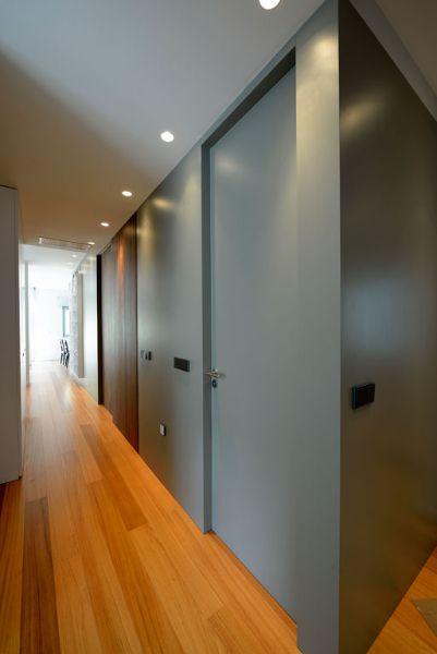 Reforma integral de piso puertas lacadas del color de las - Cabeceras pintadas en la pared ...