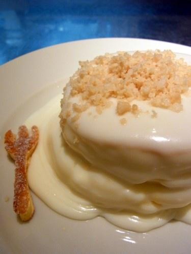 Macadamia cream pancake