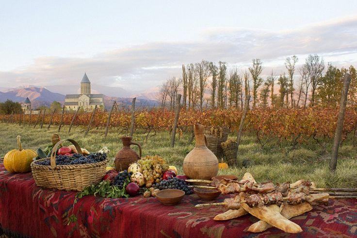 geotrvlРтвели - старинный праздник сбора урожая винограда в Грузии. Он проходит осенью и не привязан к дате. Все зависит от времени сбора урожая. Это самый любимый праздник каждой грузинской семьи, когда за большим столом собираются все ближайшие родственники. Но до этого происходит то, ради чего все собрались -  изготовление первого вина. #rtveli #ртвели#georgia #грузия #gergeti #кахетия #kaheti #сборвинограда #вино #wine #сборурожая #праздник #holiday#туризм #tourism #travel #путешествие…