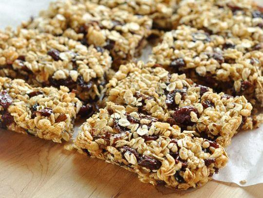 No Bake Peanut Butter & Honey Granola Bars: Peanut Butter, Honey, Oats ...