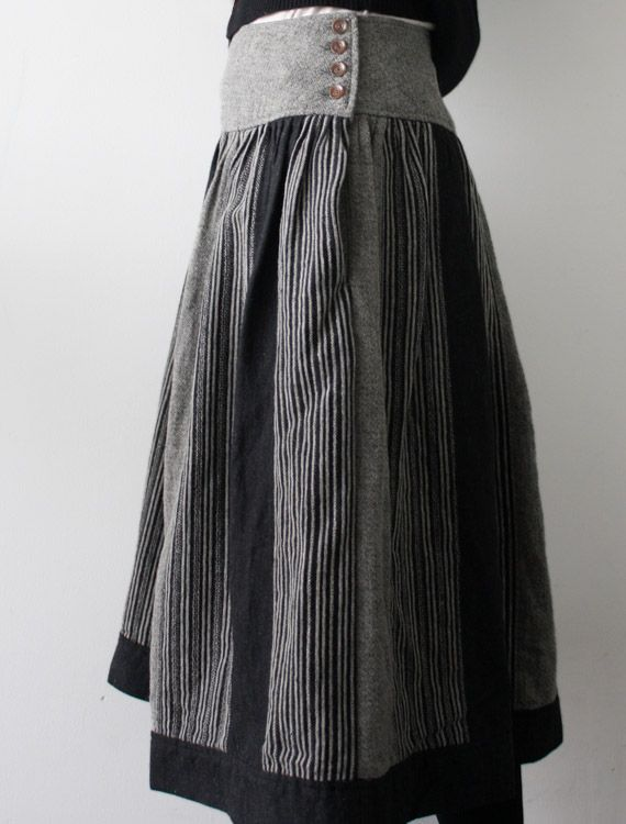 [Envelope Online Shop] Glynis Lisette ...I made this exact skirt for a year 9 sewing project, same fabric and all... And that was 26 yrs ago... Amazing...