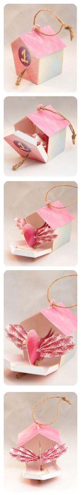 Un magnifique et original calendrier de l'Avent offert par Nadja sur son blog : http://dans-mon-bocal.over-blog.com