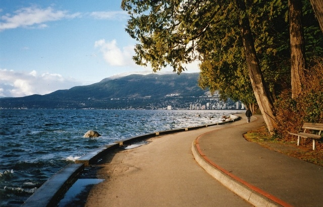 bike the stanley park seawall in vancouver b.c. (13mi) I can cross this off my bucket list... and I think this is where I lost my camera :(