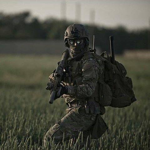 https://www.facebook.com/Military.Maniacs1/photos/a.722060794575661.1073741828.722058091242598/1112550082193395/?type=3