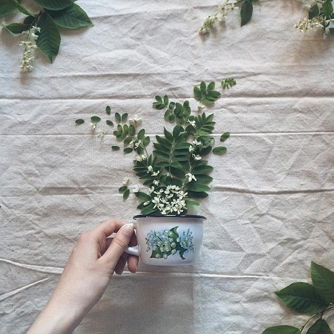 Rus Sanatçı Marina Malinovaya'dan Fincan ve Çiçeklerle Yapılmış 20 Muazzam Çalışma Sanatlı Bi Blog 7