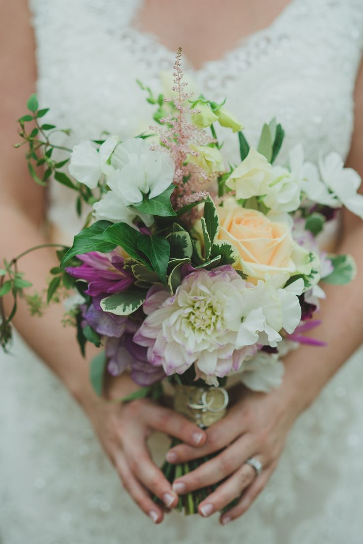 The Queensferry Flower Company.  A summer bridal bouquet.  Photography by www.taralilyphotography.com