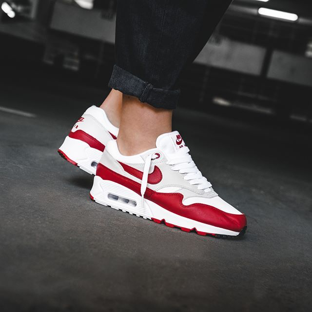 Nike Air Max 90 1 in weiss AQ1273 100 in 2020