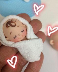 """252 Me gusta, 10 comentarios - Alejandra Hernandez (@amidulcesueno) en Instagram: """" #babyshower #hechoamanoconamor #ceramicaenfrio"""""""