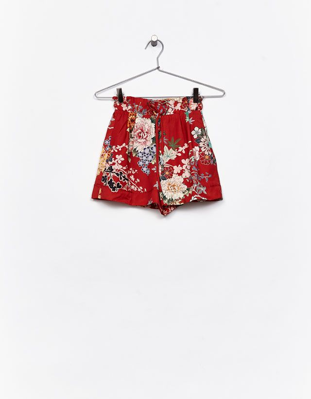 Oriental print shorts - Bershka #oriental #floral #shorts #woman #bershka