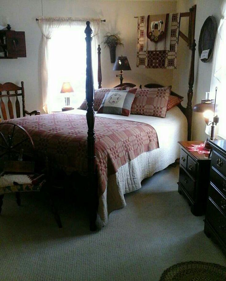 Primitive bedroom. - Best 25+ Primitive Bedroom Ideas On Pinterest Old Door