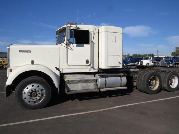 #ThrowbackThursday Check out this 1984 Kenworth W900. View more #Kenworth Trucks at http://www.nexttruckonline.com/search?make=KENWORTH&s-type=truck #Trucking #NextTruck #tbt