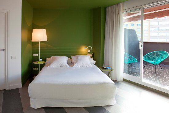 CHIC & BASIC RAMBLAS: Un hotel económico con mucho estilo en Barcelona   DolceCity.com