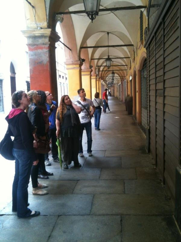 Under the porticos of Modena