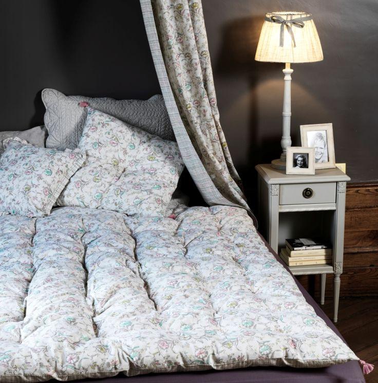 courte pointe coussins riveau et luminaire apolline. Black Bedroom Furniture Sets. Home Design Ideas