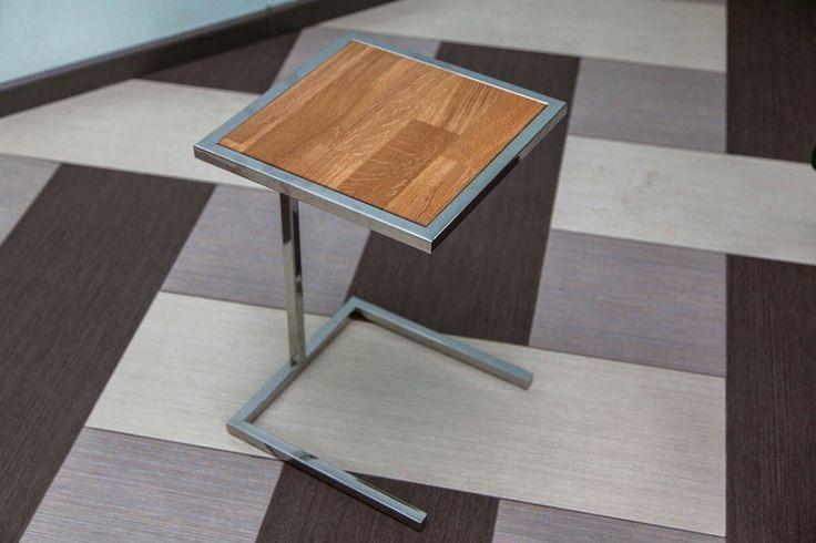 Кофейный столик, полированная нержавеющая сталь, столешница-дуб.