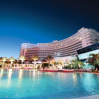 Fontainbleau South Beach  Miami  THE LOCATION OF THE FLORIDA HOST COMMITTEE OF GOVERNOR REUBIN ASKEW FOR THE 1972 DEMOCRATIC AND REPUBLICAN NATIONAL CONVENTIONS ~ MB
