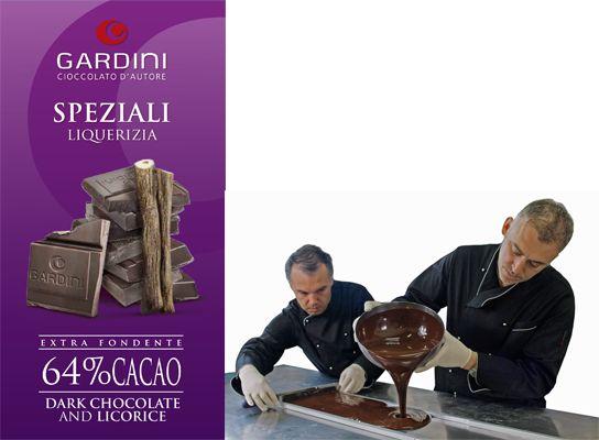 Smaken på Gardinis mörka choklad med kalabrisk lakrits domineras till en början av kakaon med en blandning av fruktiga och kraftigt rostade smaknoter som gradvis ger vika för lakritsen som lämnar efter sig en fräsch eftersmak som stannar kvar länge i munnen. Läs mer om chokladen samt tipset på den somriga drinken Blood & Sand som är underbar till chokladen: http://beriksson.net/vara-varumarken/gardini #nyhet #Gardini #Beriksson #Gourmet #sommar #choklad #lakrits #italien