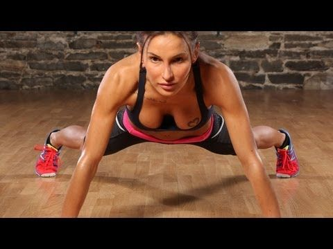 """I've decided to start the Bodyrock/Daily Hiit workouts. As I don't have equipments except dumbbells, I start with the """"Kill me now abs"""" : 6 minutes, no excuses! Who joins me? :D"""