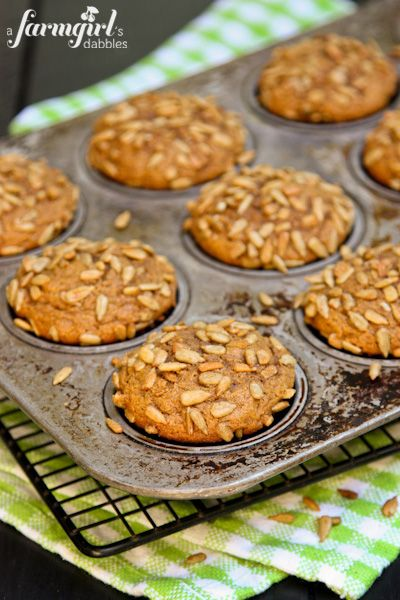 Whole Wheat Pumpkin Muffins with Honeycomb Sunflower Kernels - www.afarmgirlsdabbles.com