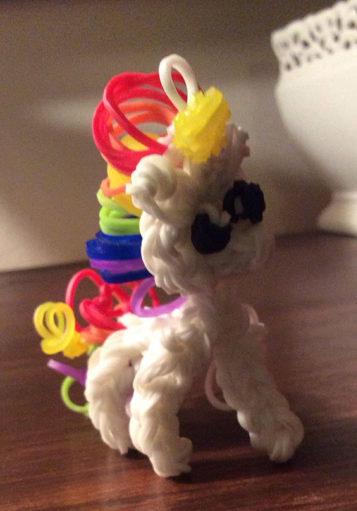 Rainbow Loom Amigurumi Unicorn : Rainbow Loom unicorn. Aubrie Brooke Pinterest
