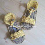 Scarpine sandali bimba in puro cotone giallo vaniglia fatti a mano -- uncinetto