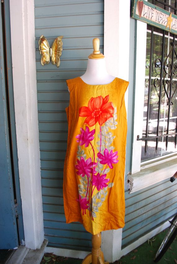 Vintage 60's Hawaiian style dress. SIZE M by CerealVintageThrift, $13.00