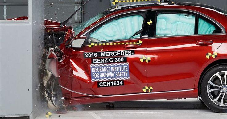 Mercedes C-Class Gets Top IIHS Safety Rating Despite Poor Headlights Performance #IIHS #Mercedes