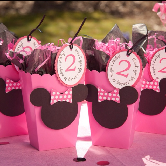 Minnie in pink treat bags