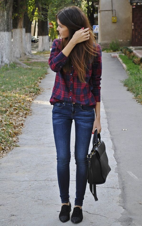 plaid shirt + jeans + oxfords  Lady needs to eat a sandwich, but I like the outfit.