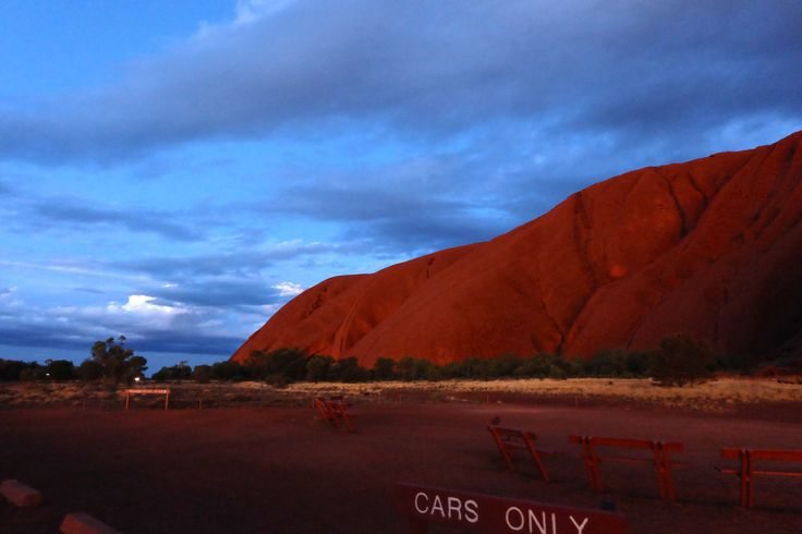 http://www.thetechgypsy.com/travelling-kindly-the-10-travel-sites-you-cant-photograph/ #australia #uluru #centralaustralia #travelphotography #photographyrestrictions