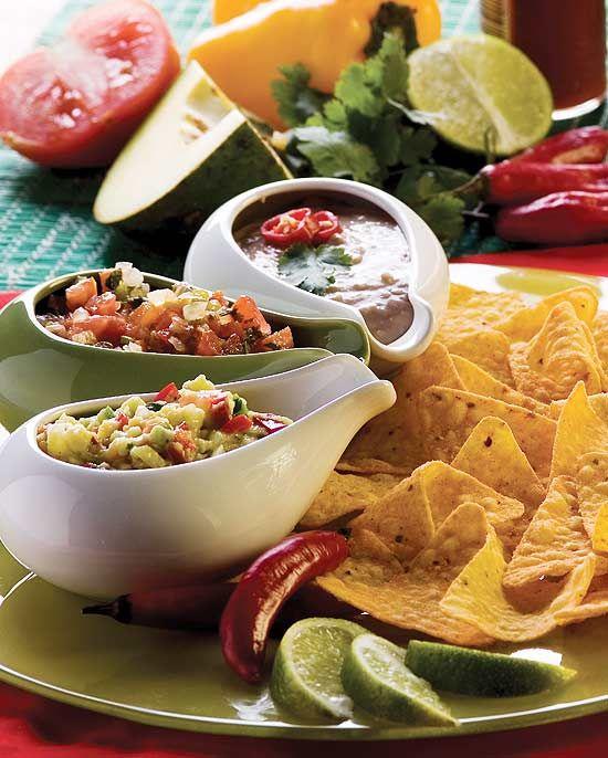 Conheça 3 tipos diferentes de molhos mexicanos e saboreie com nachos