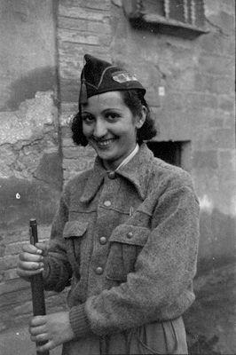 Miliciana. Spanish Civil War