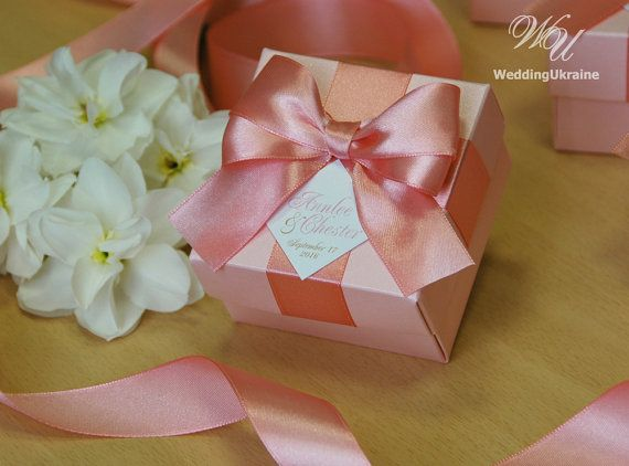 783 best Wedding Favors Boxes images on Pinterest | Ribbon bows ...